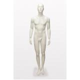 manequim masculino branco Itaim Bibi