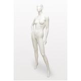 manequins de corpo inteiro em fibra Vila Esperança